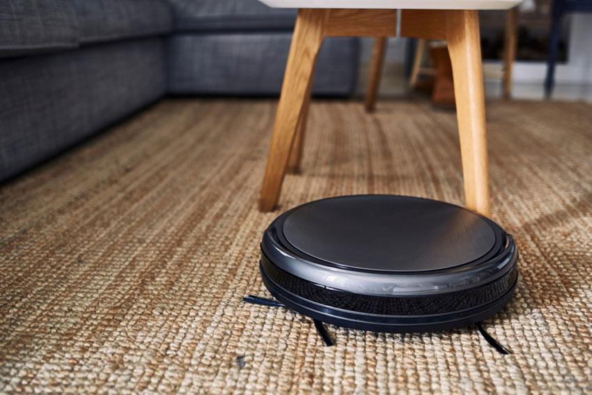 robotdammsugare på matta